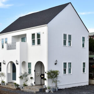 白い家 塗り壁の注文住宅 群馬高崎