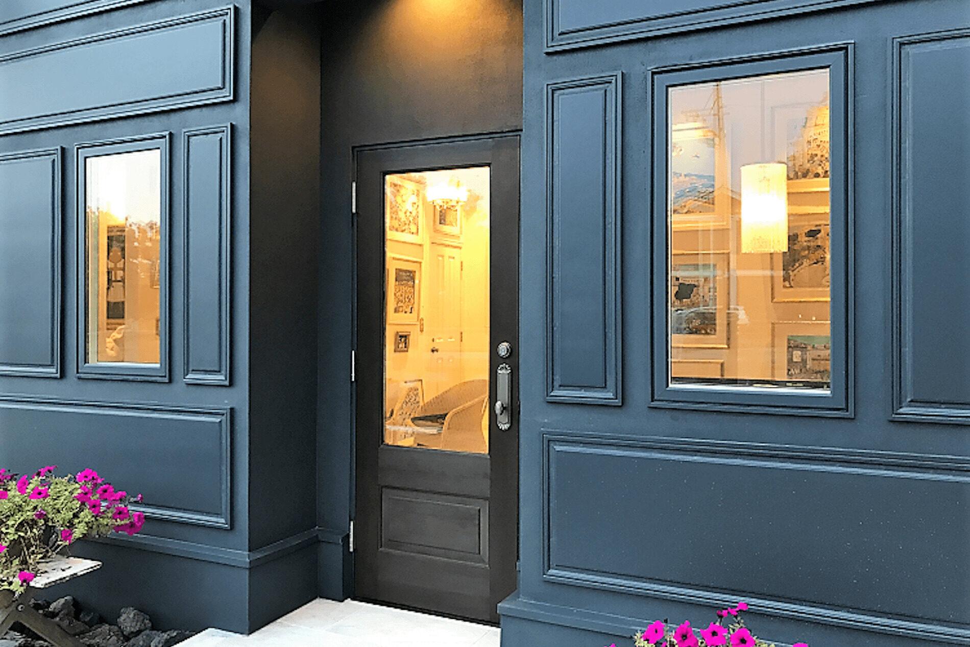 パリアパルトマンスタイルの輸入住宅の入り口